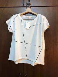 🚚 【全新個性品牌 E-WEAR簡約條紋修身短袖上衣】
