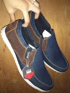 Sepatu Pria slop jeans santai formal