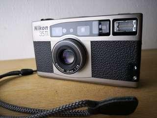 Nikon 35 Ti film camera