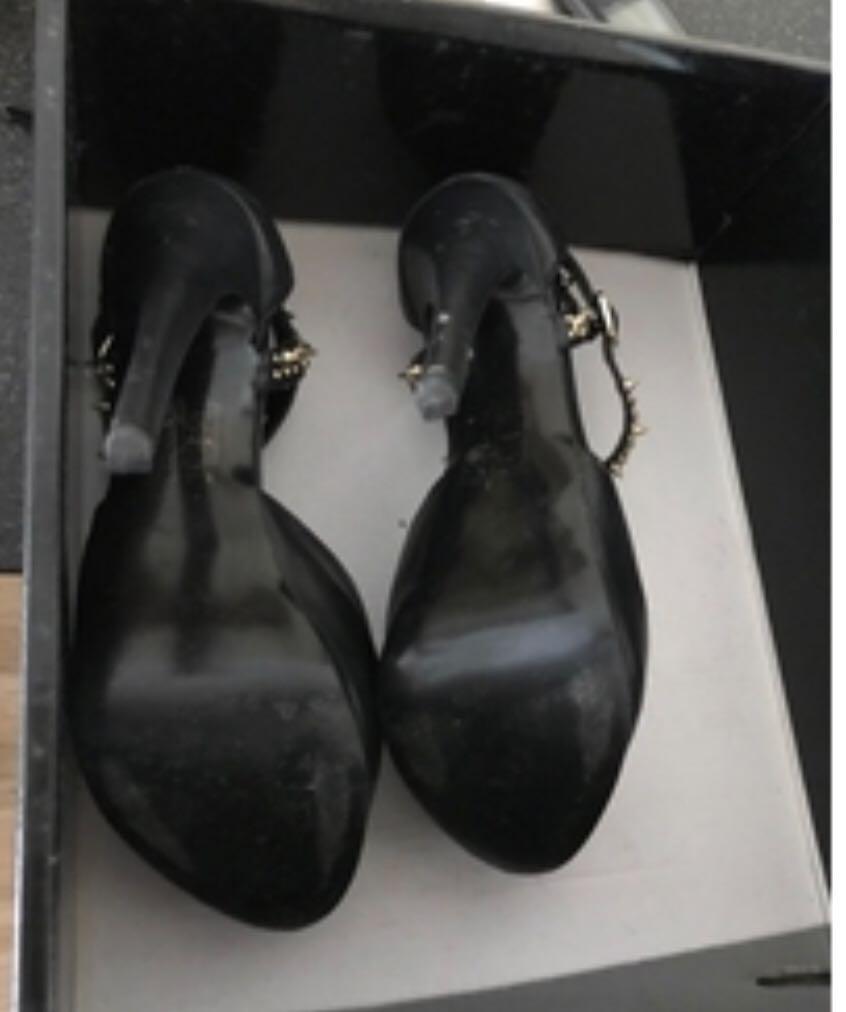 魚口高跟鞋