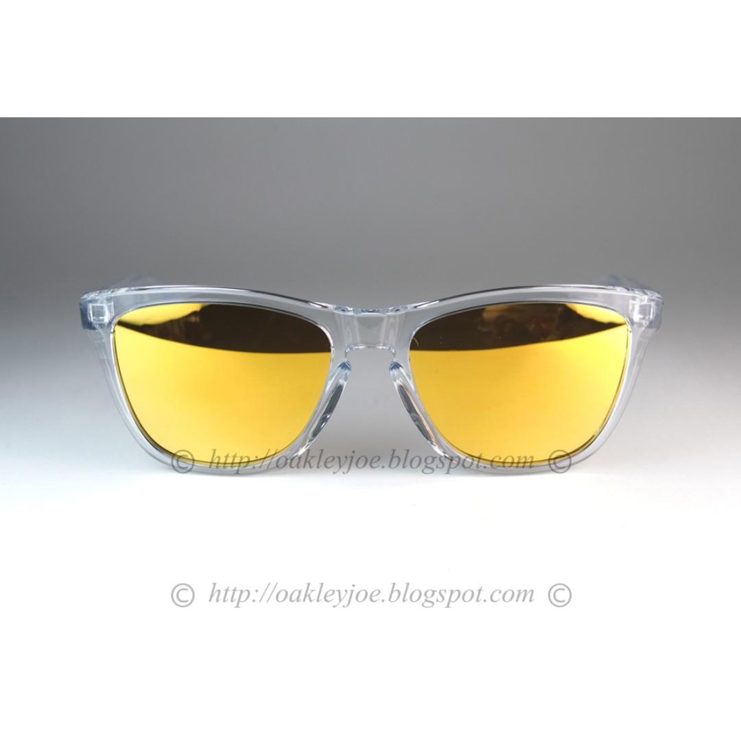 57eb6e74e7 BNIB Oakley Frogskins crystal clear + 24k iridium OO9013-A4 sunglass  shades