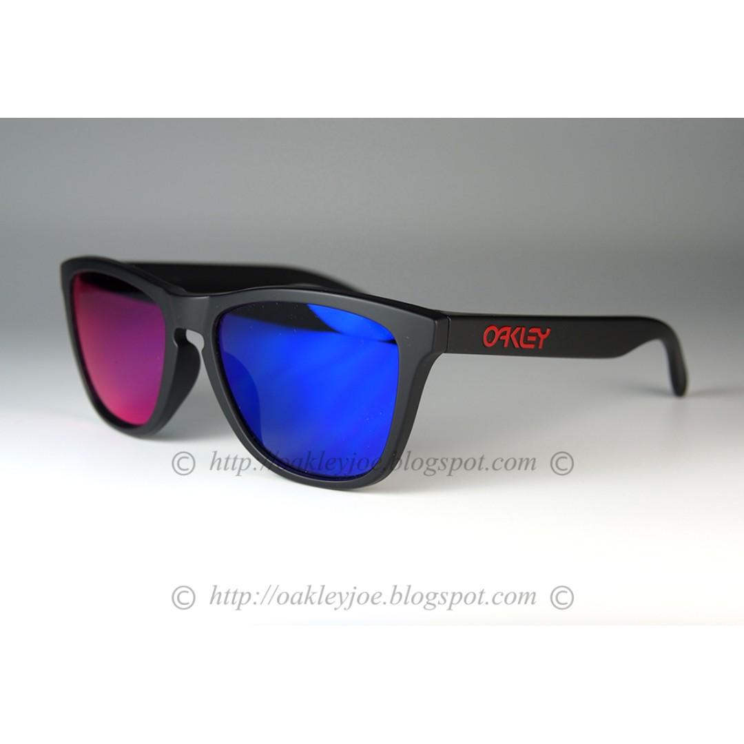 6841679f15 BNIB Oakley Frogskins Custom matte black red icon + positive red ...