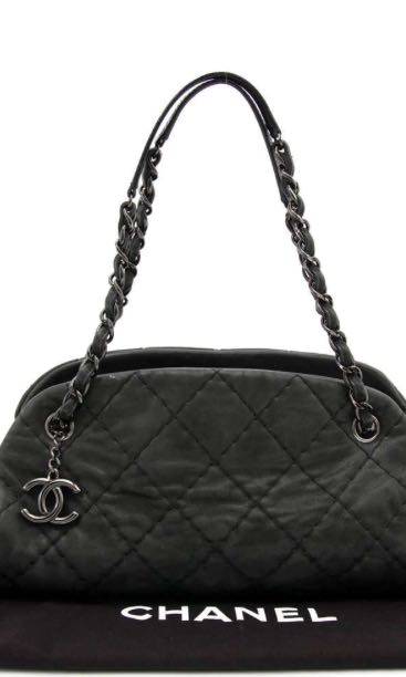 b71d63d88db7 CHANEL BLACK GLAZED CALFSKIN JUST MADEMOISELLE MEDIUM BOWLING BAG