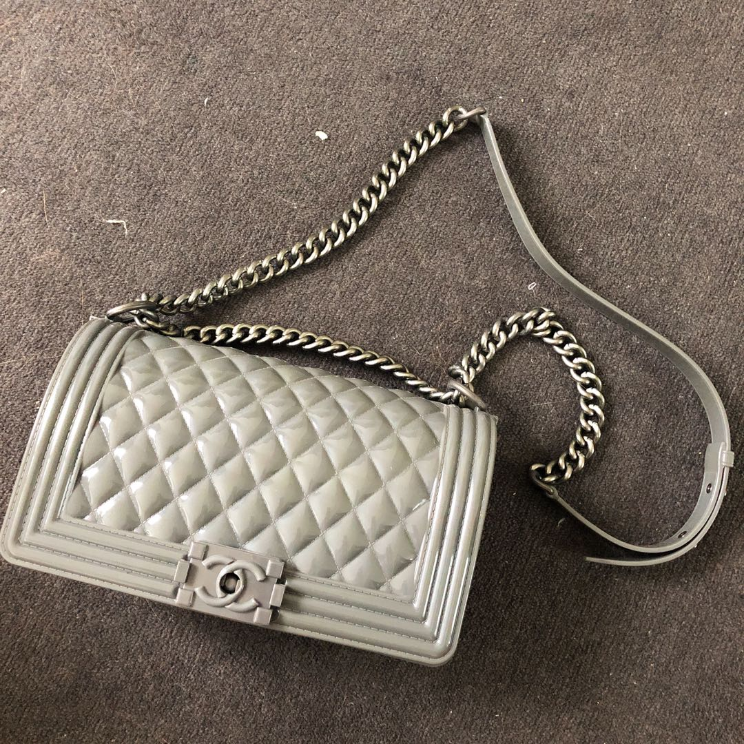 4a0af185f642 Jelly Toy boy handbag ( IM NOT CHANEL ), Women's Fashion, Bags ...