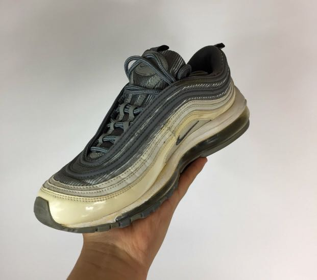 size 40 1209e 2d11f Vintage Nike Air Max 97, Men's Fashion, Footwear, Sneakers on Carousell