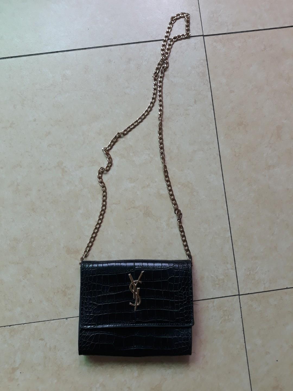 e2c867b8a6b YSL replica sling snakeskin bag, Women s Fashion, Bags   Wallets on  Carousell