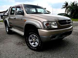 TOYOTA HILUX 2.5 SR TURBO 4WD TIPTOP CONDITIONER