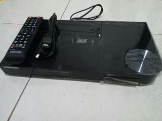 Samsung 3D Bluray player ( BD-F5500K ) apa adanya, no box.