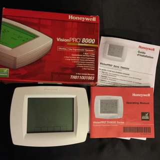 Honeywell Vision Pro 8000 Thermostat