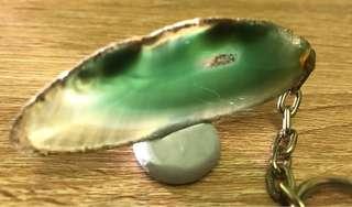 2. 緣色彩色晶石鎖匙扣一個(購自英國諾定咸) 2013