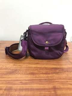 New, fashionable purple DSLR bag