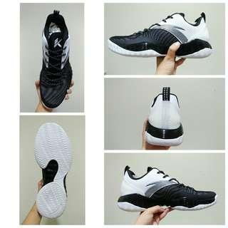 🚚 ANTA 安踏 KT outdoor 2 low KT室外籃球鞋2代 A-shock(黑白色)