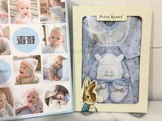 🚚 奇哥彼得兔衣服禮盒 彌月禮盒