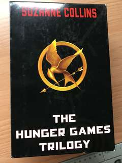 Hunger Games Trilogy (3 buku)