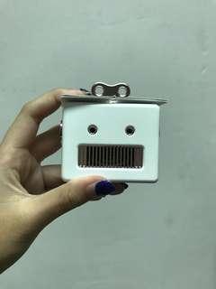 🚚 #CarouPay Robot Speaker