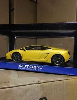 1/18 Gallardo Lamborghini LP560-4. AutoArt