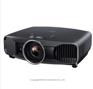 🚚 2400流明投影機/60萬:1高對比/Full HD 1080p/16:9/全彩10bit/3Dw投影