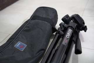 Benro T880EX tripod