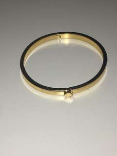 Kate spade gold hinge spade bracelet