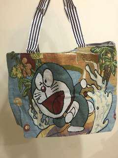 🚚 售 全新 多啦A夢 仿麻布設計提袋包