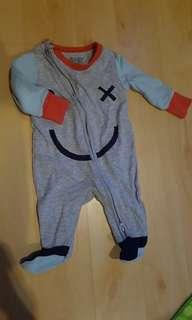 Sleepsuit / bodysuit / jumper Cotton On Baby size 0-3 months