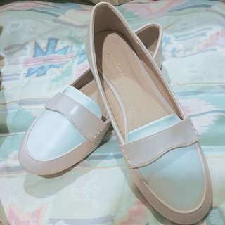 Flat loafers formal nude pink white