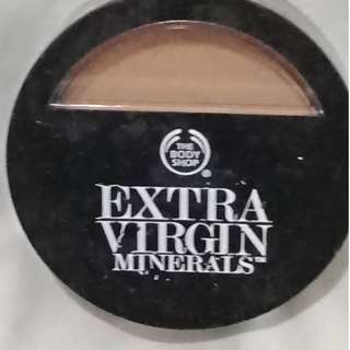 Authentic The Body Shop Extra Virgin Minerals Compact Foundation, 208 Golden Vanilla (0.3 OZ)