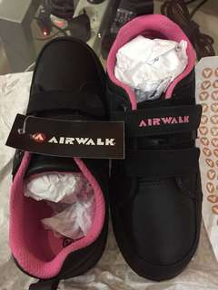 Airwalk shoes for girl ex kado masih muluss