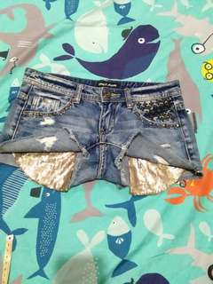 Sequined pocket Short
