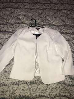 BNWT white cropped blazer