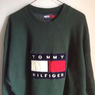 Vintage TOMMY HILFIGER Velour Patch sweater
