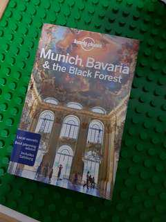 🚚 Lonely Planet guide - Munich, Bavaria & the black forest