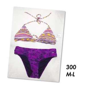 SWIMSUIT MEDIUM-LARGE (NEW)