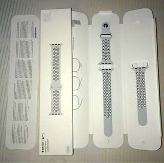 Nike Sport Band Pure Platinum/Black 42mm Apple Watch