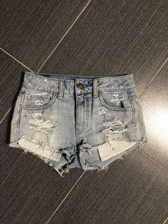 AEO High-waisted Ripped Shorts