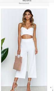 White 3/4 length pants