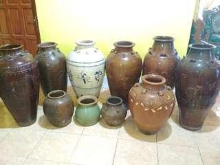 Guci dan piring antik