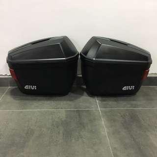 Side boxes panniers givi e22 22L