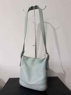 Original COACH classy minimal sling bag
