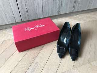 Roger Vivier RV Black Leather pumps shoes 全黑皮高踭鞋