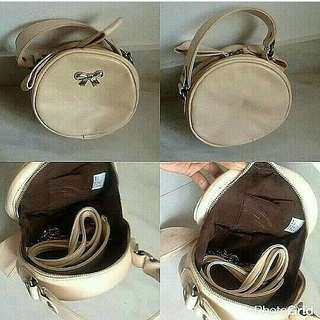 Code : Clutch Bulat Cream Import