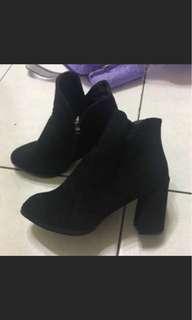 🚚 女靴 短靴