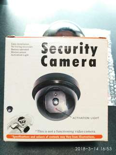 🚚 Security Camera motion detection system realistic looking Dummy Camera Battery Operated Deter