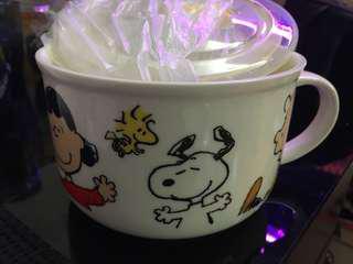 Peanuts snoopy 5吋陶瓷麵碗連膠蓋