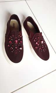 Pull and Bear Slip On
