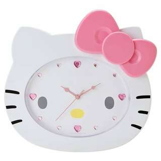 🌞UP FOR ACTION (Purchase $179.90)➡️MY FOLLOWERS ONLY🌞🚫Non Followers is $179.90🚫🐰AUTHENTIC BRAND NEW IN PLASTIC + BOX (CLEAN)🐰✨JAPAN RARE ITEM✨❤Limited Edition❤SANRIO ORIGINAL Pink Hello Kitty Shape Clock💋No Pet No Smoker Clean Hse💋