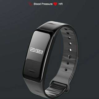 🚚 Smart watch to monitor blood pressure, heart rate