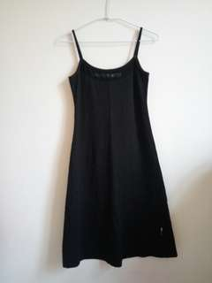 🚚 【NATURALLY JOJO】黑色顯瘦細肩帶洋裝 連身裙(M)