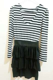 Dress motif stripes