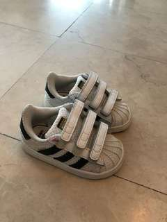 Adidas shoes size us5